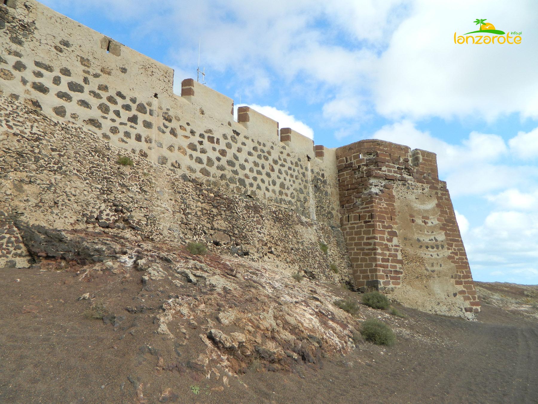 Castillo de Santa Barbara - Teguise